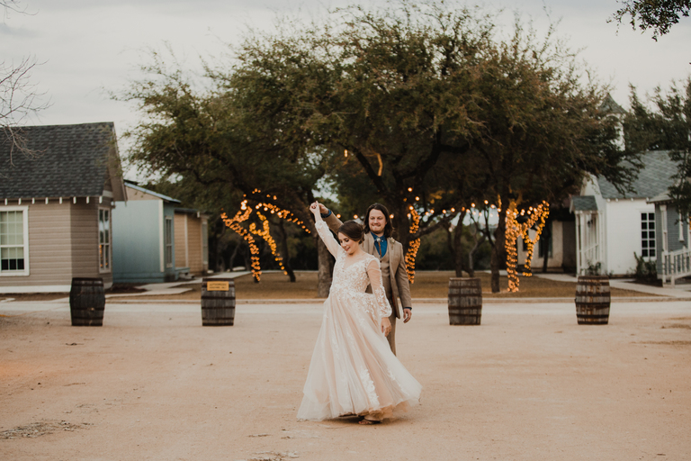 bride-and-groom-dancing-sunset-star-hill-ranch